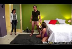 Brazzers – Teens Like It Big – (Harley Jade, Jessy Jones) – Blowjob Bootcamp – Trailer preview